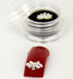 manucure bijoux