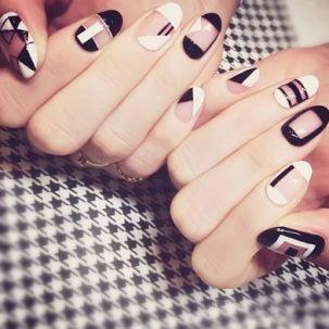 Stiletto nail art serenade royal cosmetics