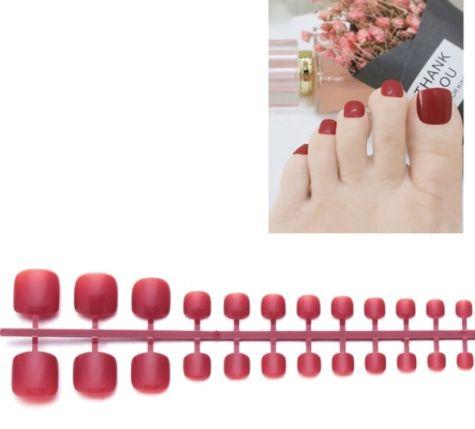 faux ongles orteils bordeaux
