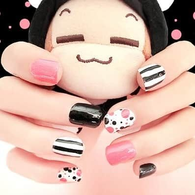 faux ongles Dots pois et rayures