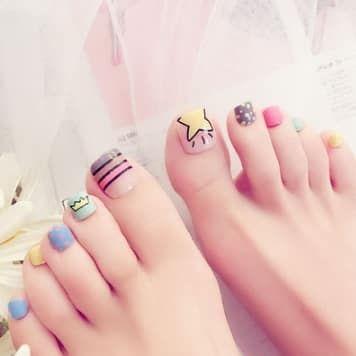 nail art pieds colorés