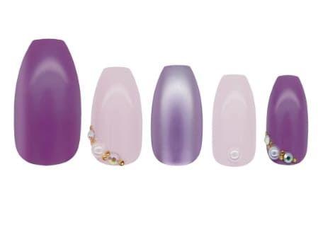 capsules nail art