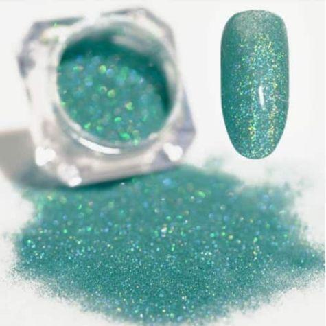 Paillettes turquoise nail art