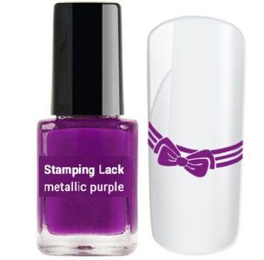 vernis à ongles stamping violet
